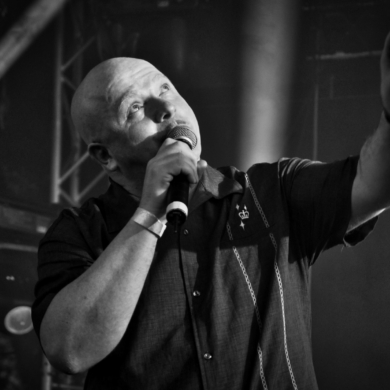 "VNV NATION: ""Resonance- Live-Album sowie ""Resonance Vol. 2"" in Arbeit, ""Compendium""-Box-Set erscheint dieses Jahr"