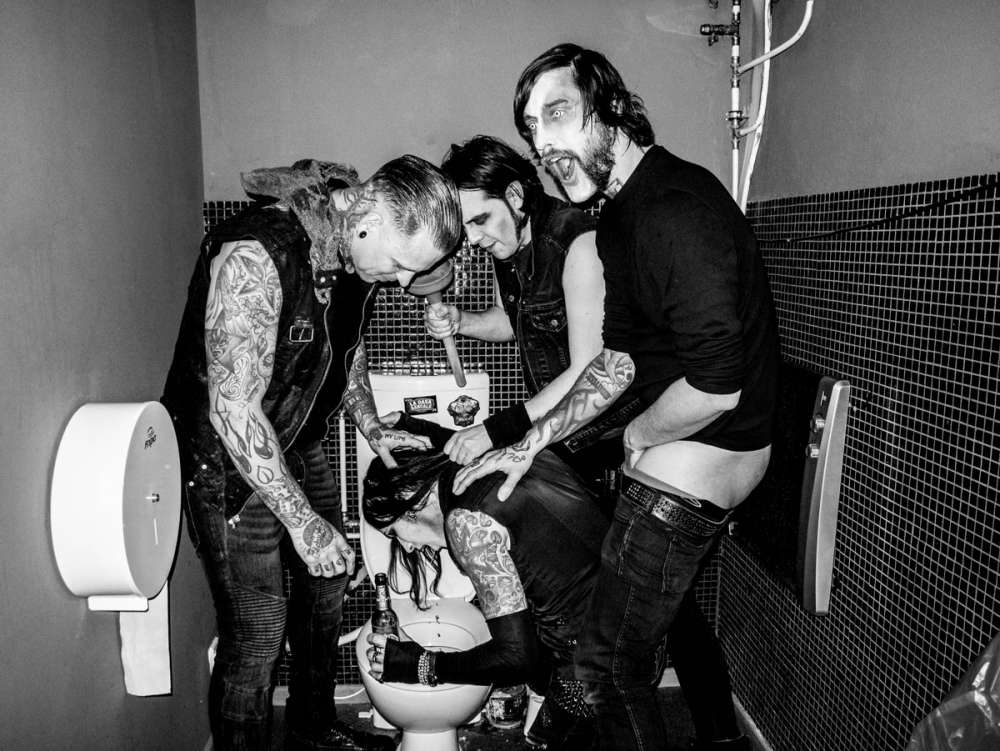 COMBICHRIST: Neue Single, neues Album, neue Tour - alles in 2019!